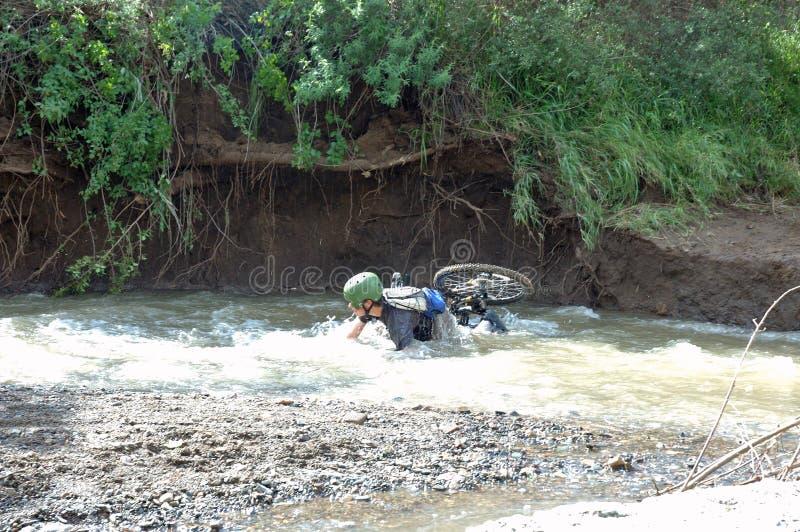 Download авария стоковое изображение. изображение насчитывающей гора - 81165