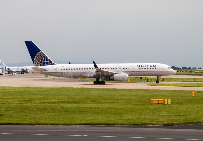 757 авиакомпаний соединенный Боинг стоковое изображение