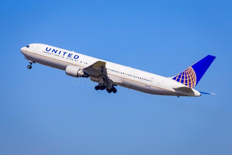 767 авиакомпаний соединенный Боинг стоковые изображения rf