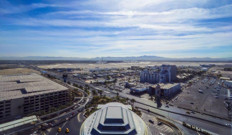 Авиапорт Лас-Вегас McCarran - вид с воздуха - ЛАС-ВЕГАС - НЕВАДА - 12-ое октября 2017 стоковые фотографии rf