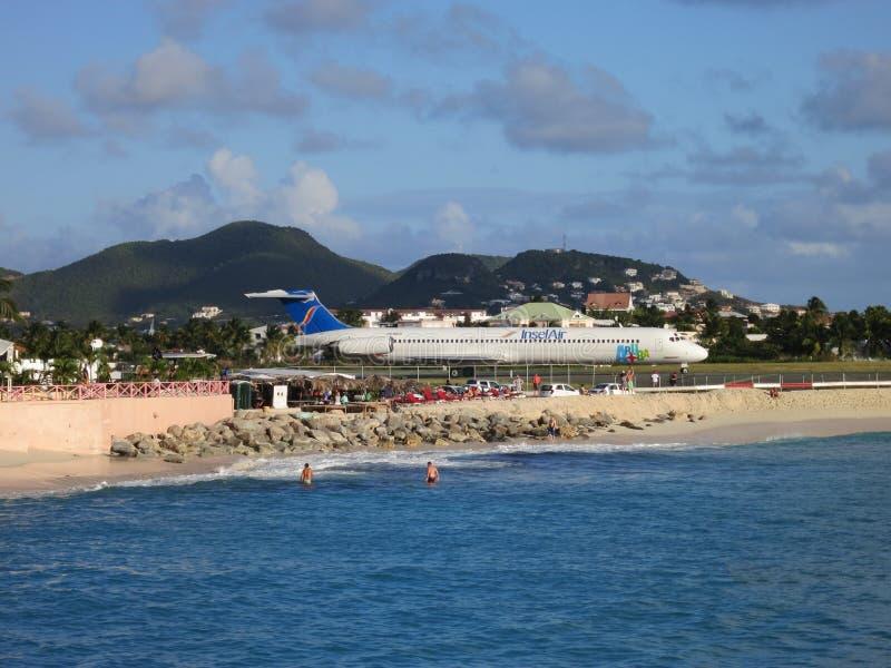 Авиапорт пляжа Maho на Sint Maarten стоковая фотография