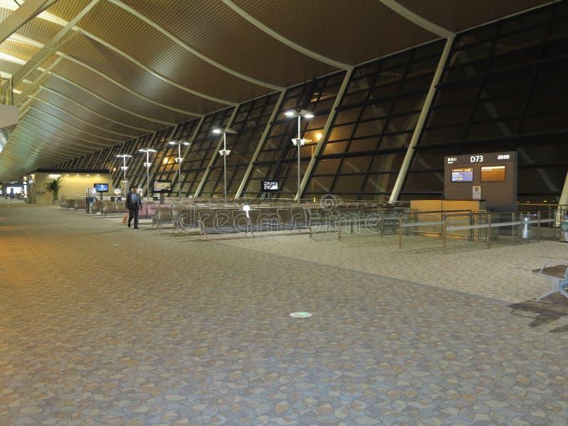 Авиапорт Шанхая Пудуна в вечере стоковое фото
