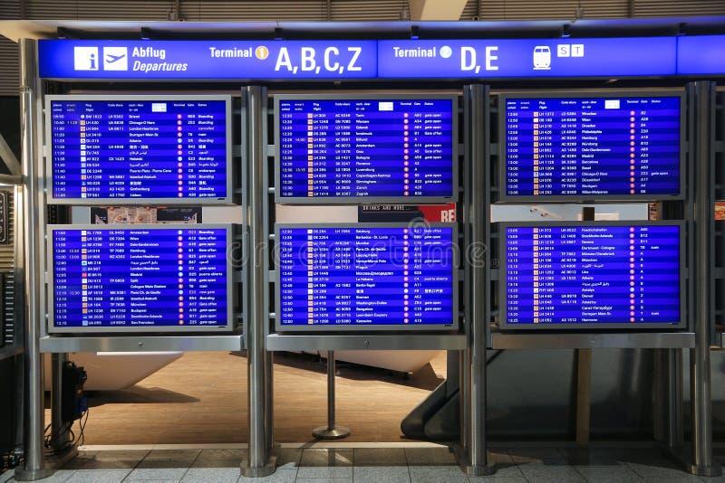 авиапорт frankfurt стоковые фотографии rf