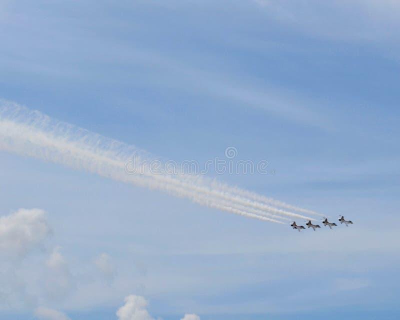 Авиасалон буревестников военновоздушной силы - 4 самолета стоковая фотография rf