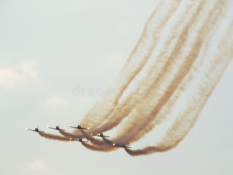 авиасалон Бухареста международный 2016, гражданских и воинских авиасалонов от Бухареста, Румынии стоковые фотографии rf