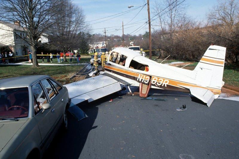 Авиационная катастрофа на жилой улице в новом Carrolton, Мэриленде стоковые фотографии rf