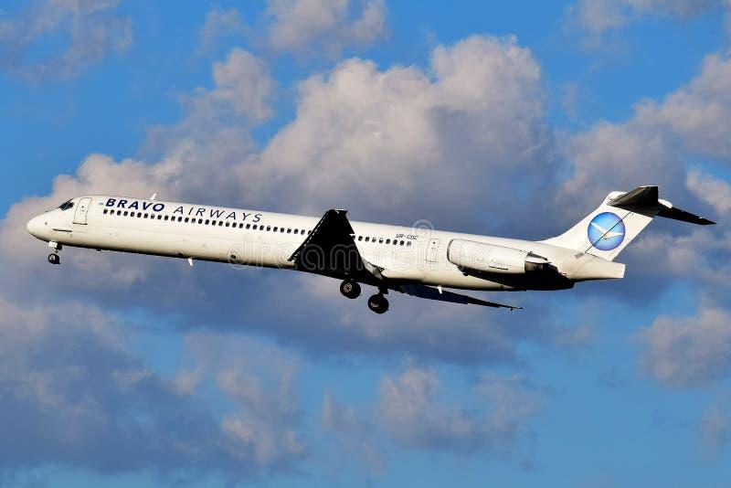 Авиалинии McDonnell Douglas MD-83 браво стоковое фото rf