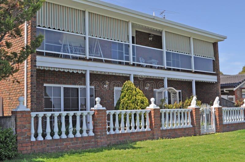 австралийская внешняя дом семьи фасада стоковые изображения rf