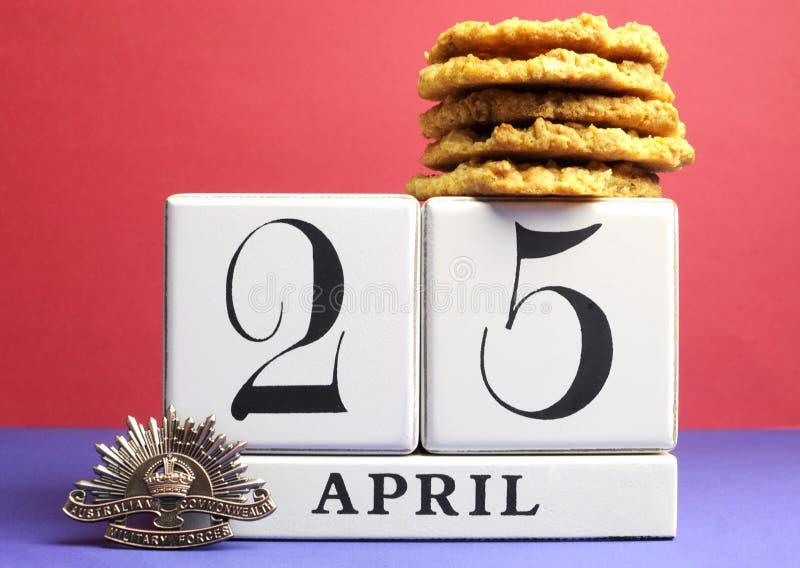 Австралийский день ANZAC, 25-ое апреля, сохраняет дату с традиционными печеньями Anzac. стоковое изображение