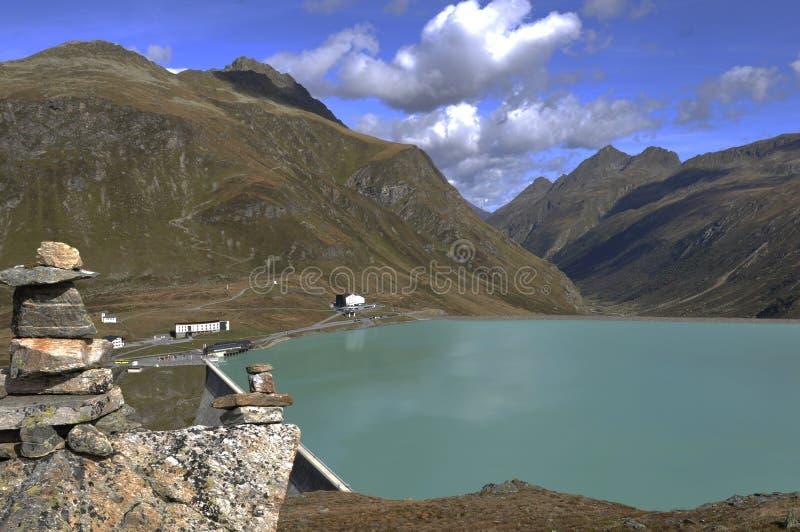 Австрия: Озеро Silvretta и запруда в Montafon, Форарльберг стоковое изображение