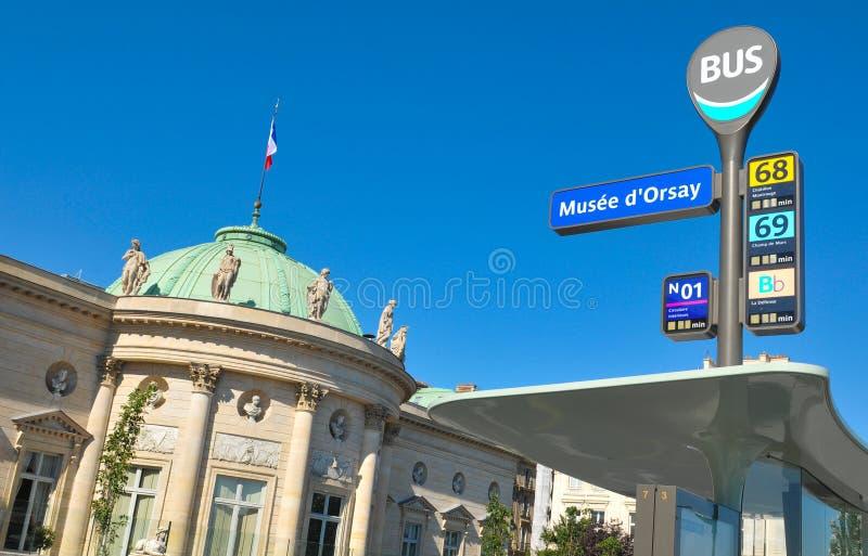 Автобусная остановка в Париже стоковая фотография