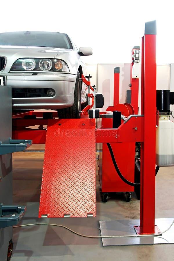 автоматическое обслуживание гаража стоковое изображение