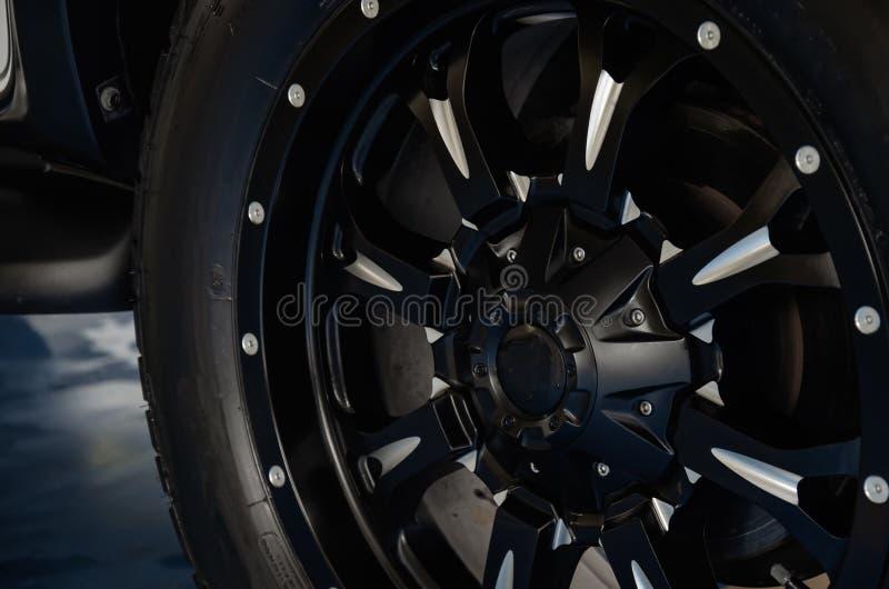 Автомобиль колеса сплава стоковое изображение rf
