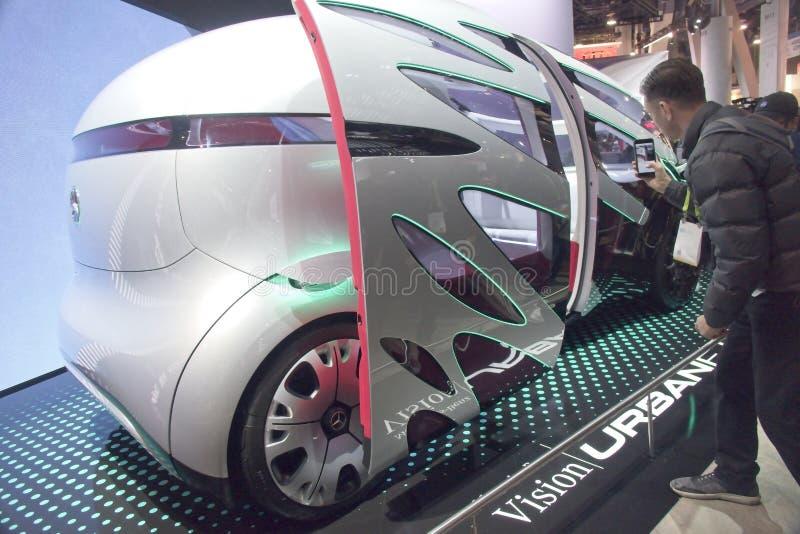 Автомобиль концепции Мерседес само-управляя на CES 2019 стоковые фотографии rf