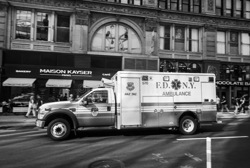 Автомобиль машины скорой помощи Нью-Йорка стоковое фото rf