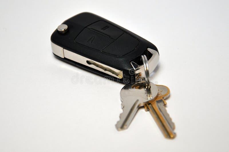 автомобиль пользуется ключом remote стоковая фотография rf