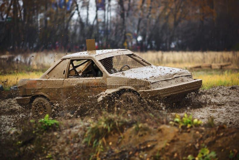 автомобиль с дороги гонки стоковые изображения