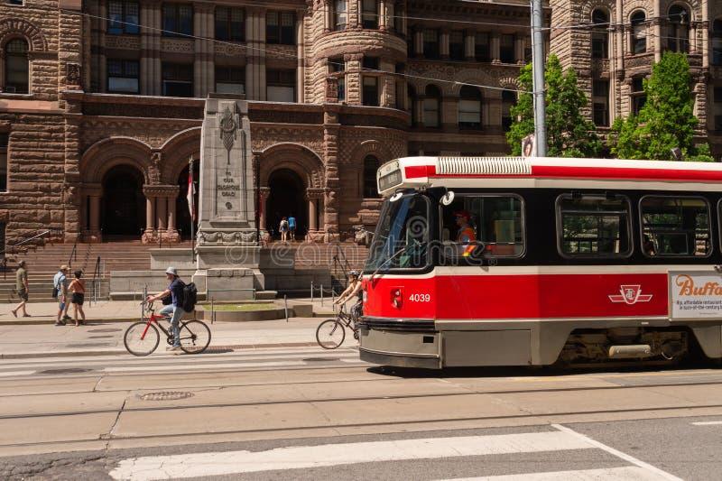 Автомобиль улицы в городском Торонто 2019 стоковая фотография