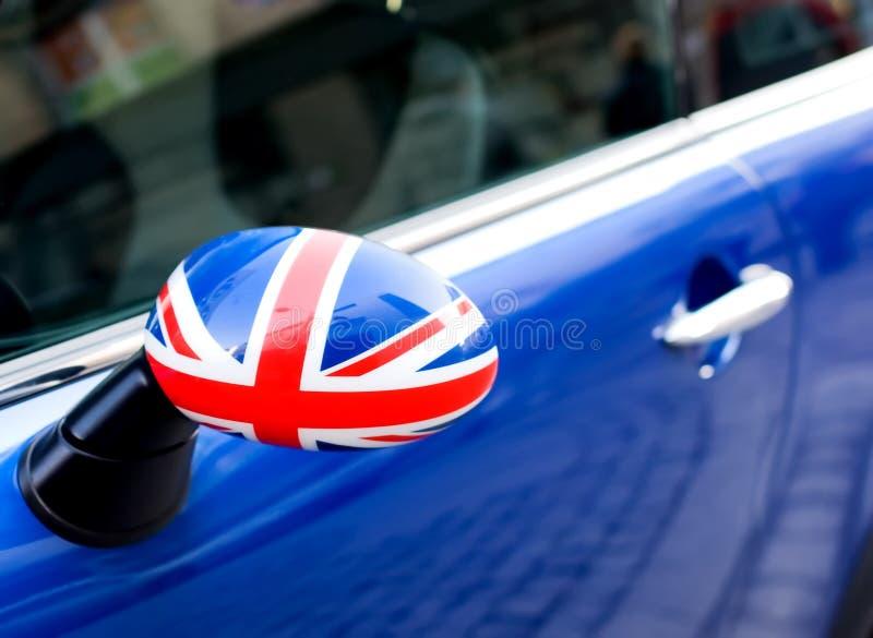 Download автомобиль стоковое изображение. изображение насчитывающей флаг - 6855783