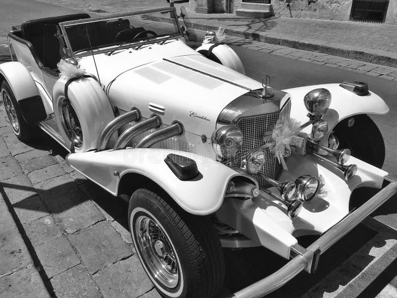 Автомобиль Excalibur Фантастический классический автомобиль Древность и роскошь стоковое изображение rf