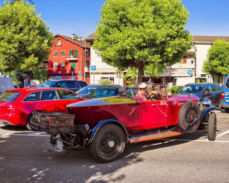 Автомобиль Rolls Royce ретро стоковое изображение