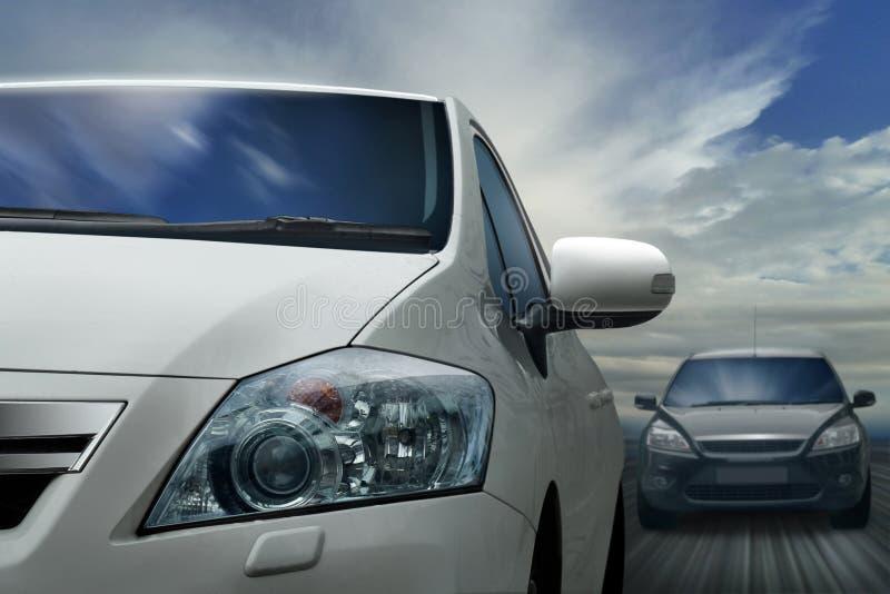 Автомобили на шоссе