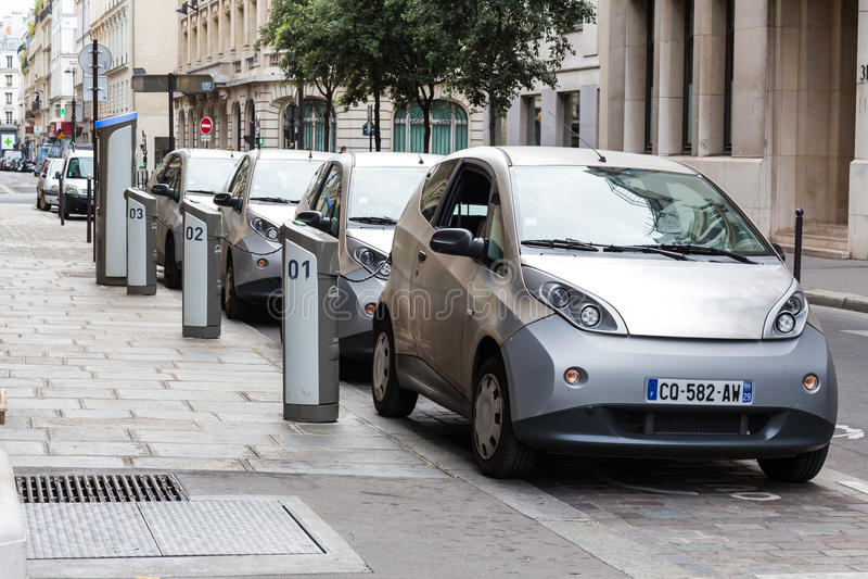 автомобили электрические стоковые изображения