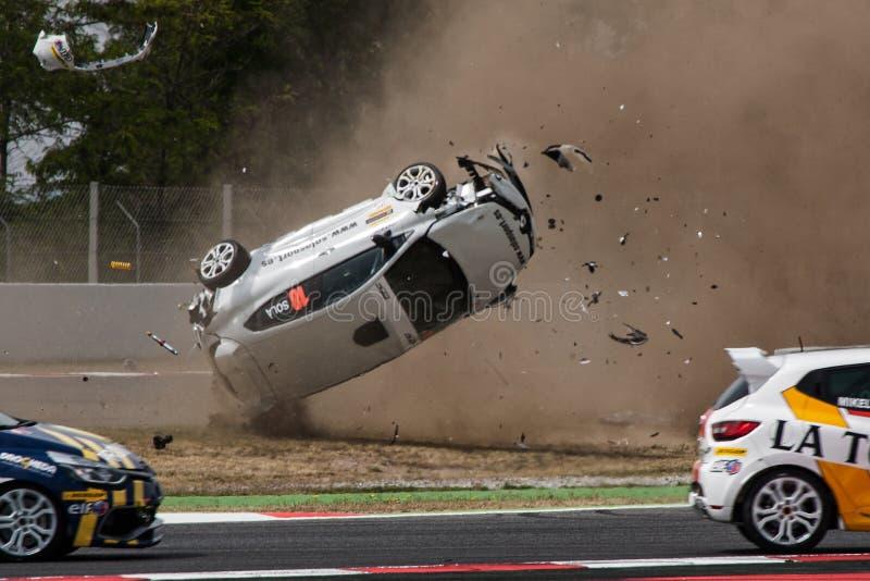 Автомобильная катастрофа на цепи de Catalunya стоковые фото