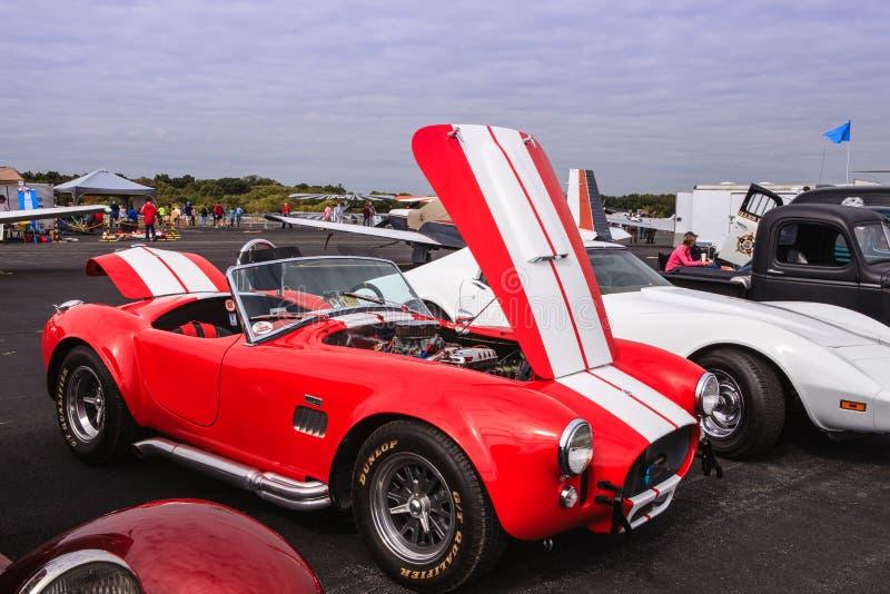 Автомобиль кобры Shelby красного цвета 427 стоковое фото