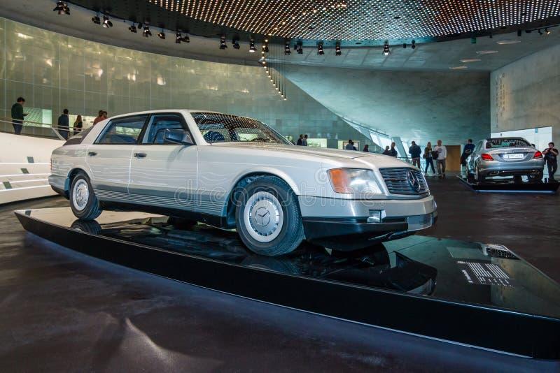 Автомобиль 2000 Мерседес-Benz автомобиля концепции, 1981 стоковое изображение