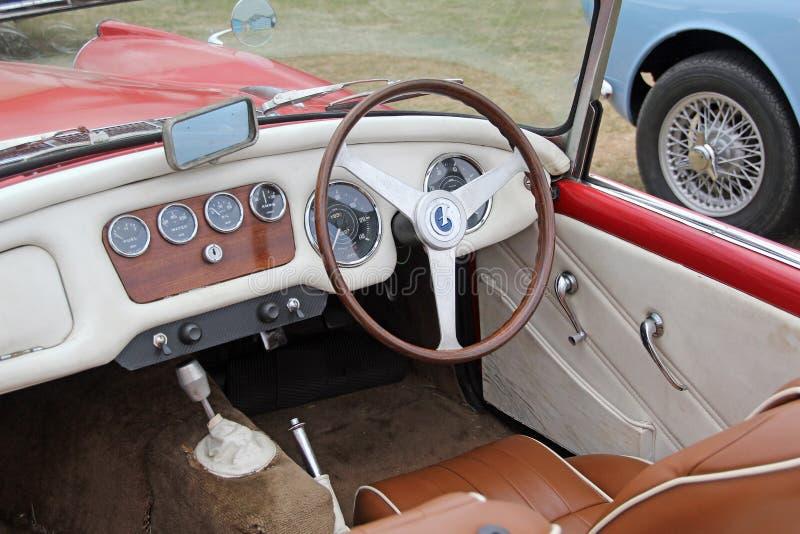 Автомобиль дротика sp250 Daimler стоковые изображения rf