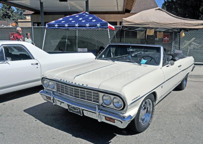 Автомобиль с откидным верхом Chevelle Malibu стоковое фото rf