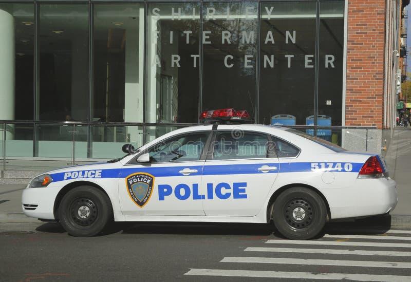 Автомобиль New York - New Jersey управления порта обеспечивая безопасность в зоне всемирного торгового центра стоковая фотография rf