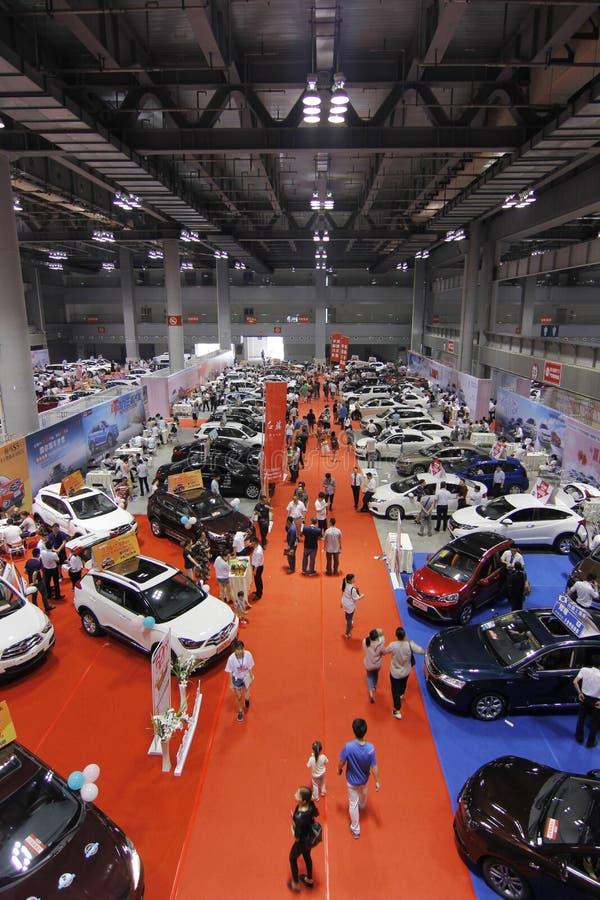 Автосалон в Чунцине стоковые изображения