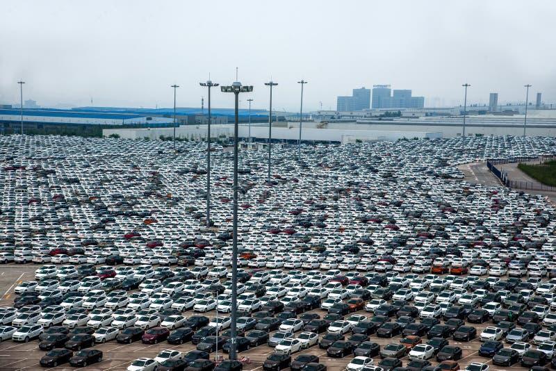 Автостоянка автомобиля товаров автомобиля Changan Форда стоковая фотография