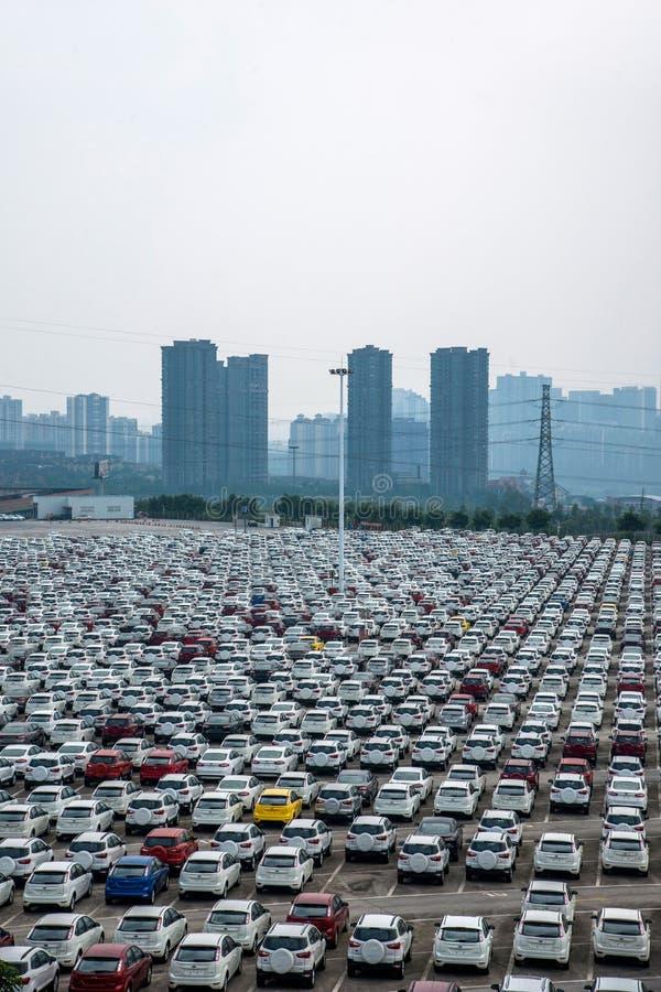 Автостоянка автомобиля товаров автомобиля Changan Форда стоковые фотографии rf