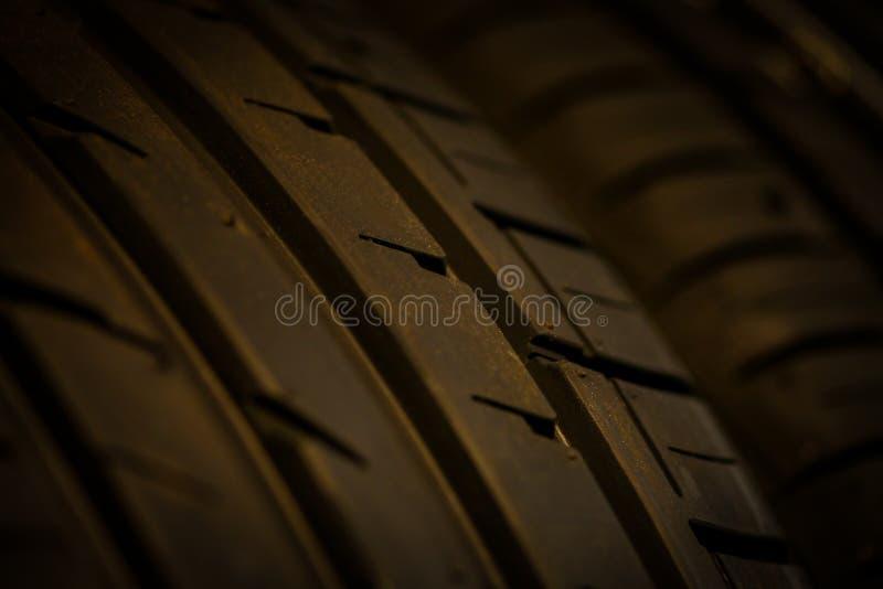 Download Автошина автомобиля стоковое изображение. изображение насчитывающей spare - 41652849