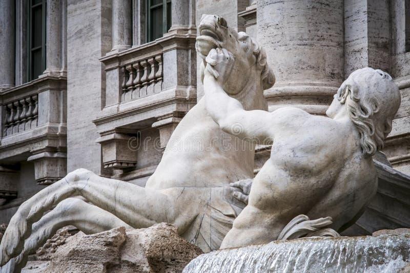 Агитированная лошадь, фонтан Trevi стоковая фотография