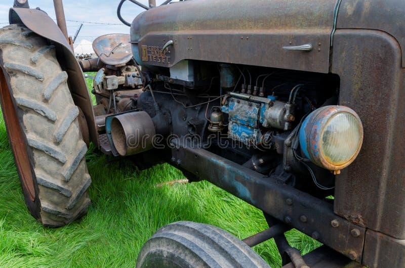 Аграрные тракторы на дисплее на фестивале 2019 перехода Llandudno стоковое изображение rf