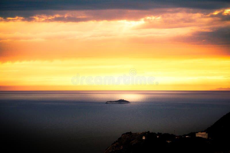 адриатический заход солнца стоковое фото