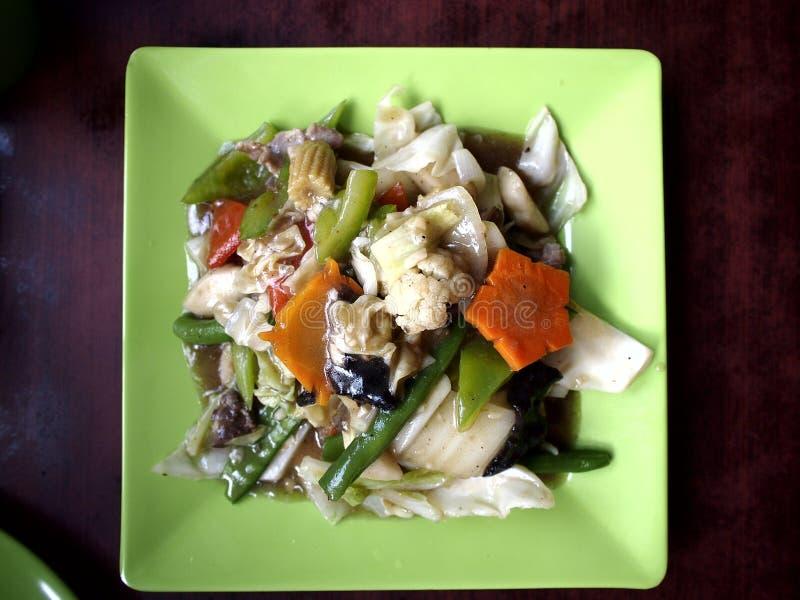 Азиатская вызванная еда отбивной котлетой Suey стоковое фото rf