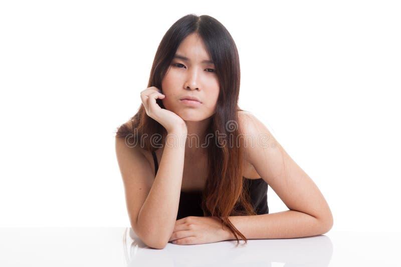 Азиатская девушка получает скважину стоковые фотографии rf
