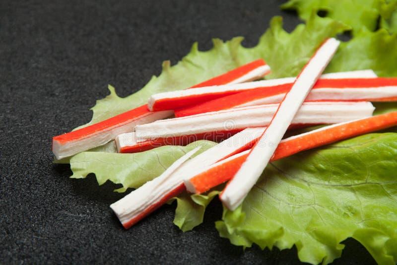 Азиатская еда закуски surimi Имитационная ручка краба от белковины рыб стоковая фотография rf