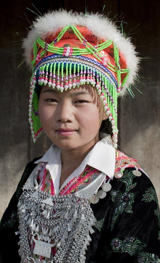 азиатская женщина портрета Лаоса hmong стоковые фотографии rf