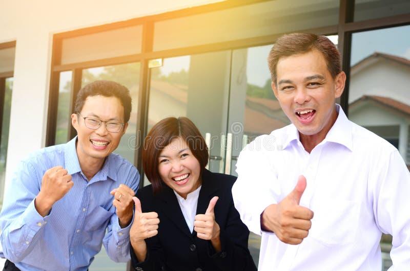 Азиатская команда дела стоковое фото