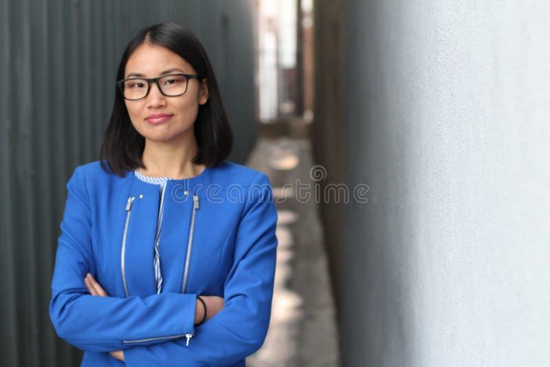 Азиатская концепция женщины и успеха стоковые изображения rf