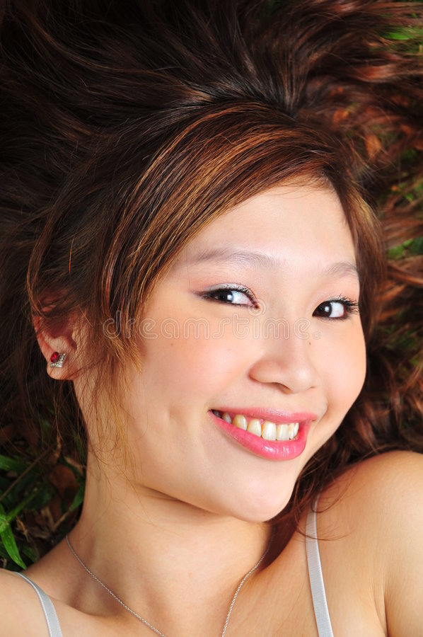 азиатская красивейшая женщина портретов стоковое фото