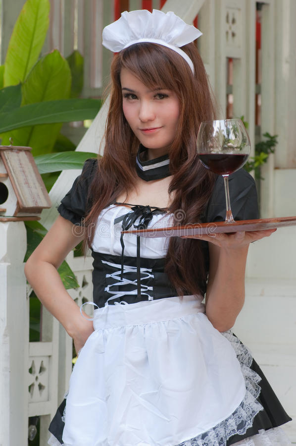 азиатская милая официантка стоковая фотография