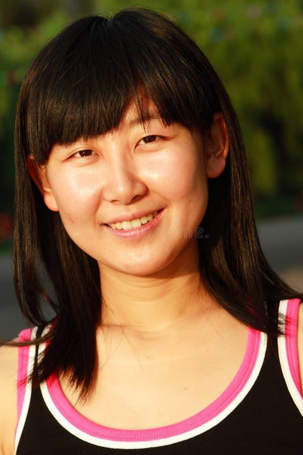 азиатские женщины портрета молодые стоковое изображение rf