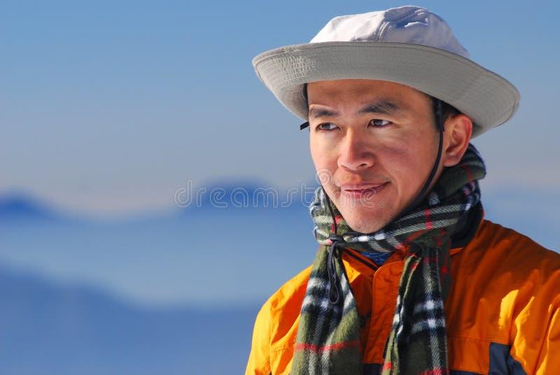 азиатский альпинист стоковые фотографии rf